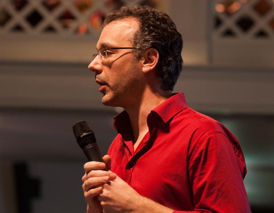 Dimitri Tokmetzis