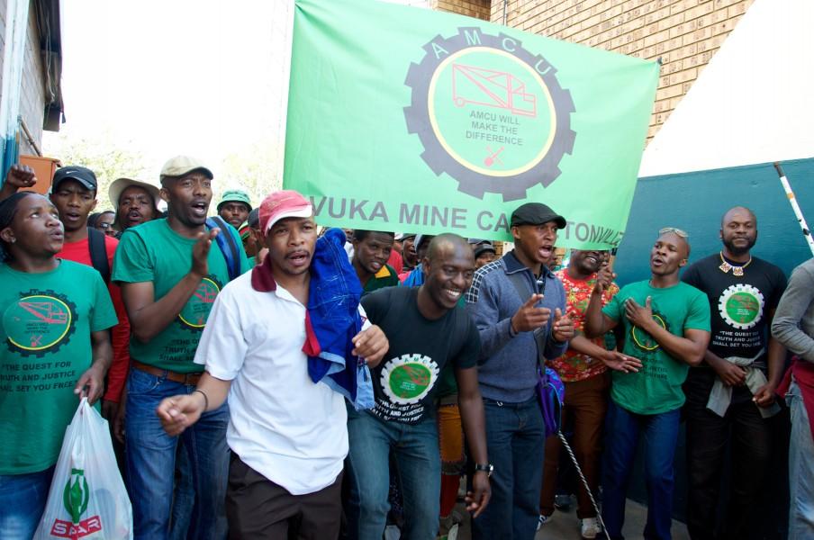 Aanhangers van de AMCU partij. Foto: Fleur Launspach en Lotje Kaak