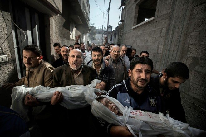 World Press Photo of the Year 2012. Foto: Paul Hansen (published in Dagens Nyheter)