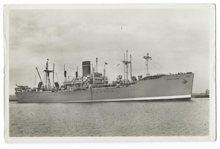 Het schip 'De Groote Beer' waarmee ze terug naar huis gingen. Foto: uit privéarchief