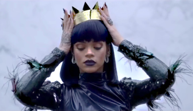 Still uit de teaser van Rihanna's nieuwe album.