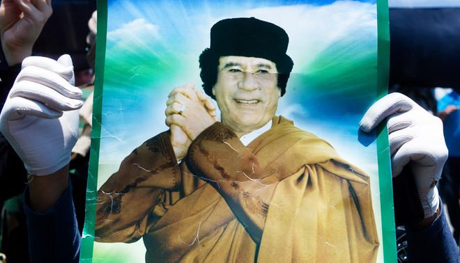 Een demonstratie van vrouwelijke sympathisanten van Moammar Khadafi vlak voor de val van zijn regime in 2011. Foto: Hollandse Hoogte