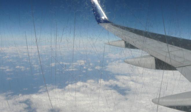'Het voelde angstaanjagend, zo blind als we samen waren, daar boven in de lucht.' Foto: Technicolours / Flickr
