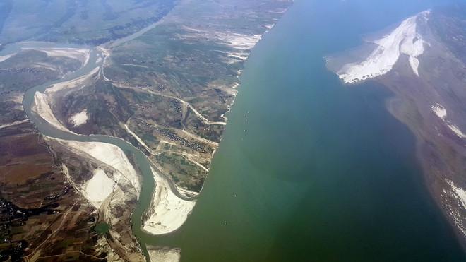 De delta in Bangladesh bestaat uit drie grote rivieren, waarvan dit de Padma is, de lokale naam voor de Ganges. Alle foto's: Joep Janssen