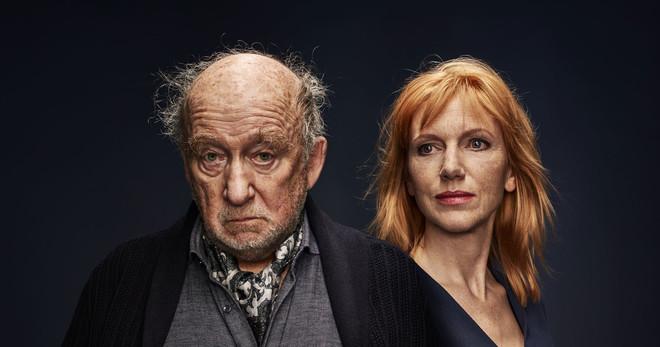 Hans Croiset en Johanna ter Steeg in De vader. Foto: Mark Engelen