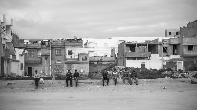 Douar Hicher is een van de armste buitenwijken van Tunis. Veel van de jonge Syriëgangers verdwijnen uit deze wijk. Foto: Sebastian Liste / NOOR voor The New Yorker