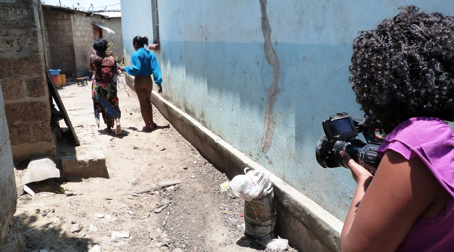 Dit kan jij doen voor het zambiaanse jeugdjournaal - Ontwikkeling rond een zwembad ...