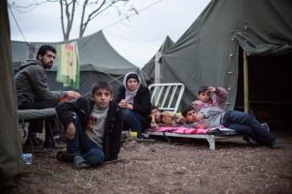 Syrische vluchtelingen in het Bulgaarse kamp Harmanli. Foto: Jodi Hilton/Hollandse Hoogte