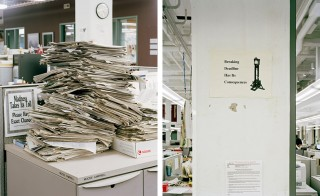 Links: 'Madness Takes Its Toll, 4:20 pm, 2011'. Rechts: 'Breaking Deadline Has It's Consequences, 7:45 pm, 2012'. Foto's: Will Steacy