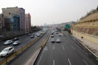 Een snelweg in de Iraanse hoofdstad. Foto: Shiva