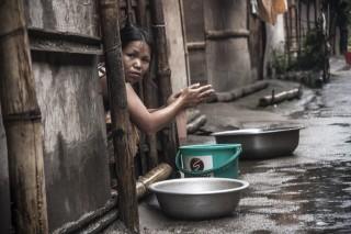 Binnen in een van de kampen in Kachin, Birma.