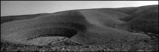 'Off Road' N.10, vlakbij de grens tussen Israël en Egypte. Foto: Josef Koudelka, Magnum Photos, Hollandse Hoogte
