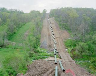 Een gaspijpleiding in aanleg in Franklin Township (Pennsylvania, VS). Foto: Noad Addis/Hollandse Hoogte