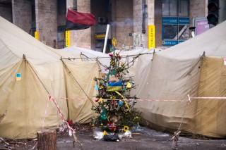 6 februari 2014: Tussen de barricades op het Maidanplein. Foto: Guy Corbishley/Hollandse Hoogte