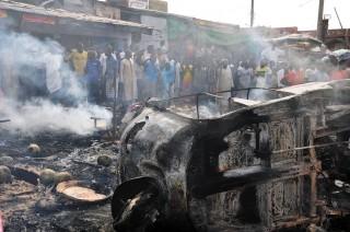 Terug tot 2009 zijn er foto's te vinden van aanslagen door Boko Haram in de Nigeriaanse stad Maiduguri. Foto's van elke keer weer even gruwelijke taferelen. Op deze foto: Maiduguri na een aanslag van Boko Haram in juli 2014. Foto: ANP