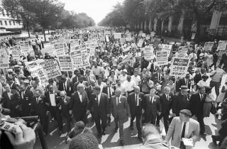 Martin Luther King (derde van links) tijdens de 'March on Washington', 28 augustus 1963. Foto: ANP.