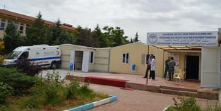 Het tijdelijke veldhospitaal in de Turkse grensplaats Kilis. Foto: Tan Tunali