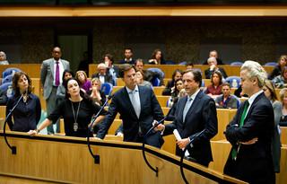 Den Haag, 2010 - vlnr Agnes Kant van SP, Femke Halsema, Mark Rutte van de VVD, Alexander Pechtold van D66 en Geert Wilders de PVV in de Tweede Kamer tijdens een ordedebat. Foto: Koen van Weel / ANP