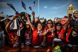 Supporters van presidentskandidaat Rodrigo Duterte tijdens een campagnebijeenkomst in Manilla op 7 mei 2016. Foto: Mohd Rasfan / AFP
