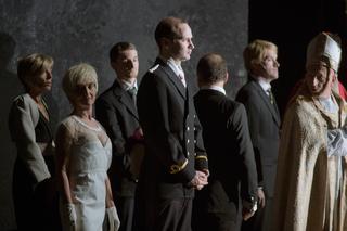 Scènefoto uit de voorstelling 'Ça ira (1) Fin de Louis' door Elizabeth Carrechio