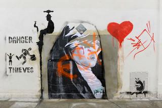 Dezelfde muur in Londen een paar dagen na het moment op de eerste foto boven dit verhaal. Foto: James Veysey / HH
