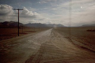De M41, informeel Pamir Highway, was onderdeel van de zijderoute en loopt door Afghanistan, Oezbekistan, Tadzjikistan en Kirgizië. Foto: Myrto Papadopoulos / Redux