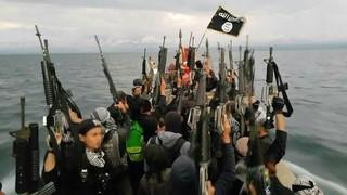 """Fragment uit de lokale IS-propagandafilm """"Dawlatol Islamiyyah: Butig Dawlah #164""""."""