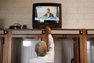 Anthony Weiner kondigt zijn aftreden aan op 16 juni 2011 nadat het eerste schandaal aan het licht kwam. Foto: Chip Somodevilla / Hollandse Hoogte