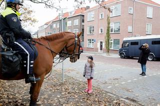 Tijdens de landelijke intocht van Sinterklaas in Maassluis. Foto's: Peter de Krom