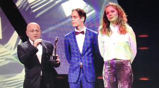 De prijswinnaars op het podium