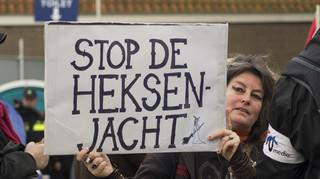 De NVU demonstreerde op 12 november 2016 in Maassluis (bij de landelijke intocht van Sinterklaas) voor het behoud van Zwarte Piet.