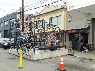 Een parklet in San Francisco. Foto: Ben Frombgen