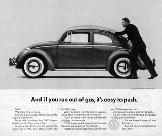 De kenmerkende zelfspot van de oude Volkswagen-campagnes