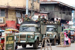 Het Filipijnse leger patrouilleert in de straten op het eiland Jolo. Foto: Moh Saaduddin, 21 september 2018
