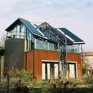 De wijk Lanxmeer in Culemborg wil voor 2040 klimaatneutraal zijn en daarnaast wonen, werken, recreëren en voedsel produceren combineren. Binnen de sector gebouwde omgeving moet  in 2030 een CO2-reductie van 3,4 megaton bereikt zijn. Foto: Michael Rhebergen (voor De Correspondent).