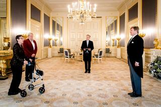 Koning Willem-Alexander beëdigt op 1 november 2017, in Paleis Noordeinde, Jetta Klijnsma als nieuwe commissaris van de Koning in Drenthe. Foto: Koen van Weel / Hollandse Hoogte