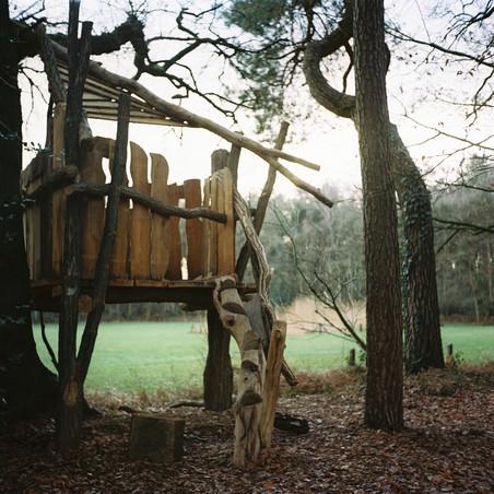 Het Klauterwoud in Enschede, Overijssel. De Provincie heeft hier € 15.000, - in geïnvesteerd voor de uitbreiding en het opknappen van het klauterwoud. Foto: Michael Rhebergen (voor De Correspondent)
