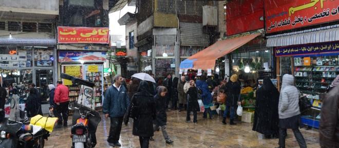 Voor de bazaar in Teheran, Iran. Foto: Shiva