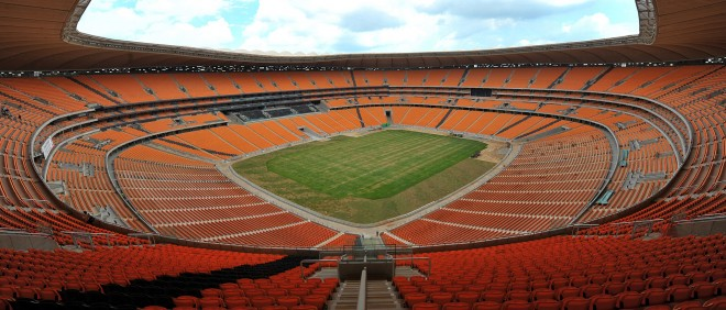 Het lege FNB-stadion in Soweto, Johannesburg. Foto: Alexander Joe/ ANP
