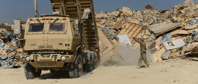 Opruimwerkzaamheden van de Amerikaanse militaire basis in Bagram, Afghanistan. Foto: Wakil Kohsar/AFP/Getty Images