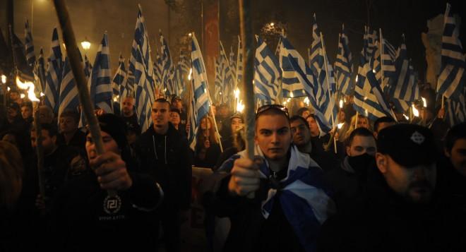 Duizenden aanhangers van de Gouden Dageraad demonstreren in Athene. Foto: Maro Kouri