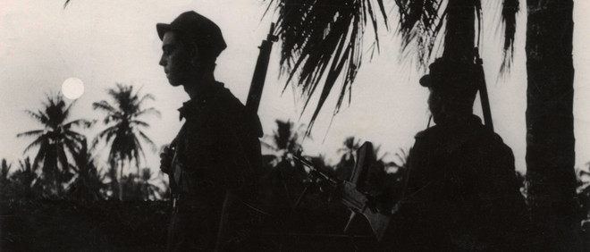 Nederlandse soldaten op een vooruitgeschoven post in Indonesië (ergens tussen 1947 en 1949). Foto: Hollandse Hoogte