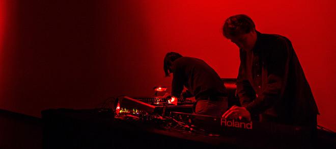 Weval trad live op bij de lancering van mijn audiotour in het Stedelijk. Foto: Tom Doms