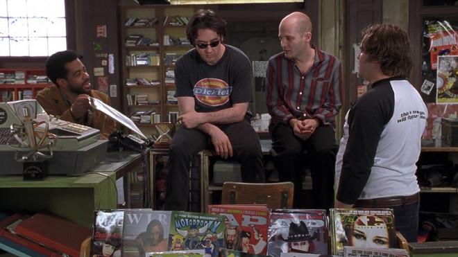 'Boeken, platen, films - Ze doen ertoe! Noem me oppervlakkig, maar het is de fuckin' waarheid.' Beeld: alle stills en quotes komen uit de film High Fidelity (2000)