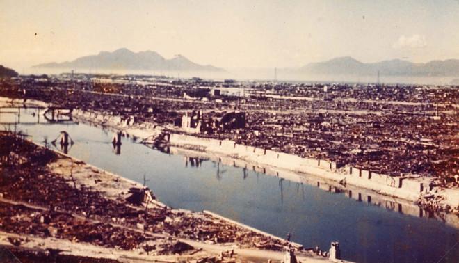 Hiroshima in augustus 1945 na de atoombom 'Little Boy'. Foto: HH