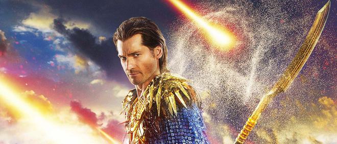 De Deense Nikolaj Coster-Waldau speelt de Egyptische god Horus in de film Gods of Egypt. Eind 2015 heeft de regisseur zijn excuses aangeboden voor het casten van voornamelijk witte acteurs. Beeld: Uitsnede uit de filmposter.