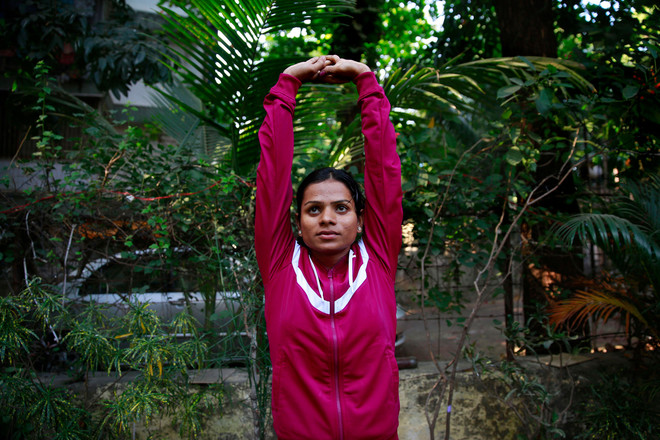 Dutee Chand poseert in Mumbai op 29 oktober 2014, India. Foto: Rafiq Maqbool / AP