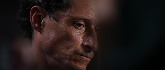 Anthony Weiner, voormalig Congressman uit New York, op de tweede dag van de Democratic National Convention in Philadelphia, 26 juli, 2016. Foto: Damon Winter / The New York Times via Hollandse Hoogte
