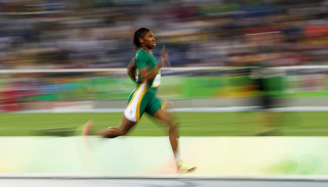 Caster Semenya tijdens de Olympische Spelen in Rio de Janeiro, 2016. Foto: Patrick Smith / Getty