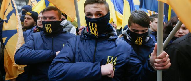 Leden van het Azovbataljon lopen de 'March of National Pride' in Kiev, Oekraine, 22 februari 2017. Foto: Sergey Dolzhenko / ANP